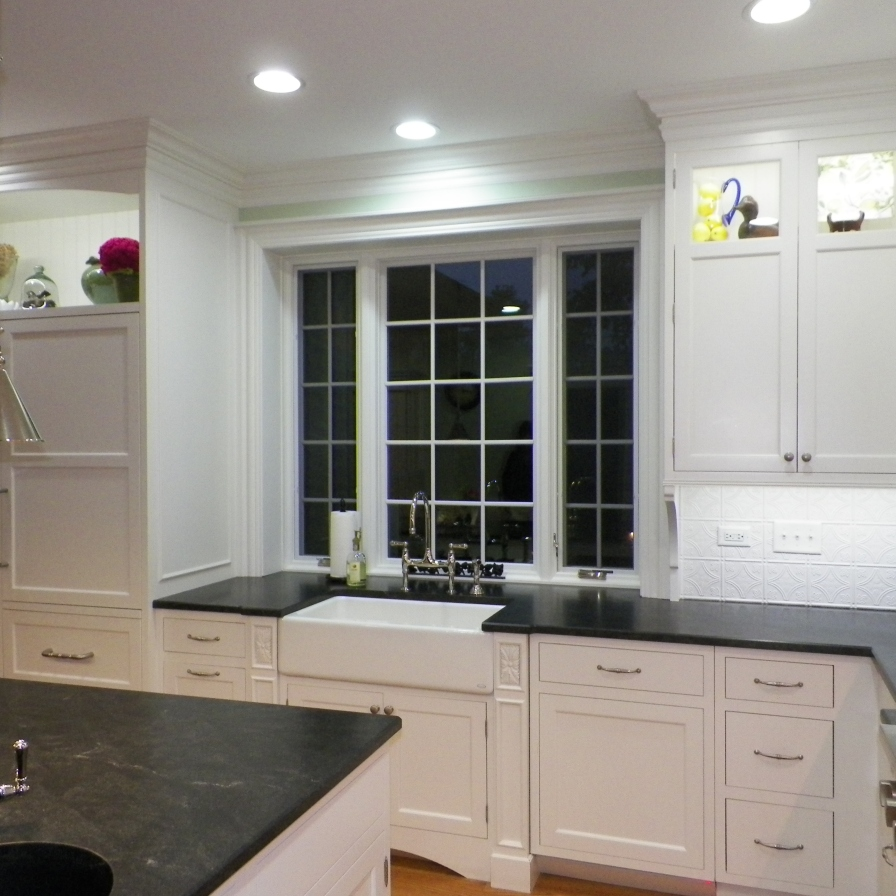 bright-and-airy-kitchen-02